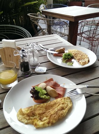 The Daulat: Simple breakfast