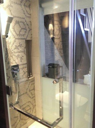 The Daulat: Toilet
