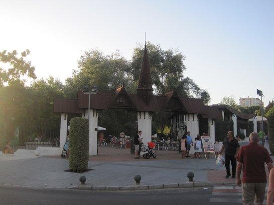 Parque De La Paloma : entrance