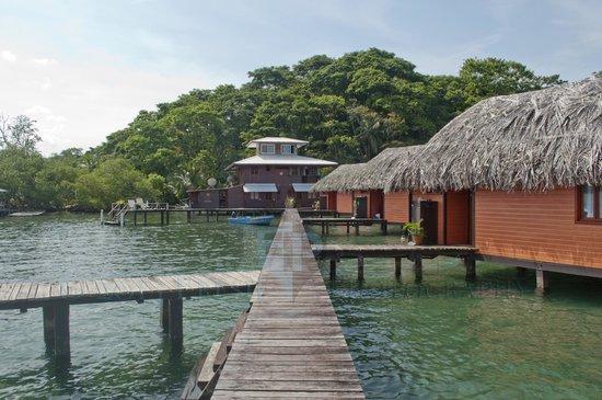 Eclypse de Mar: Pier going to restaurant and other bungalows