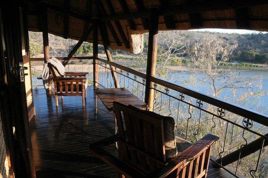 Chilo Gorge Safari Lodge: View from nr1 Eagle balcony
