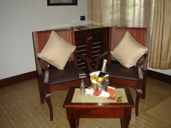 Hotel L'Archipel: Main living area