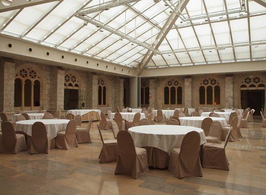 NH Collection Palacio de Burgos : Comedor para celebraciones