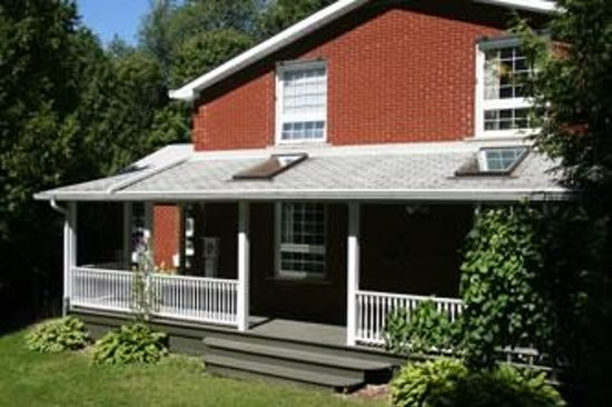 Willow Pond Country Bed and Breakfast: Bed and Breakfast