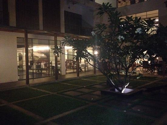 Eighth Bastion Hotel : Hotel restaurant at night.
