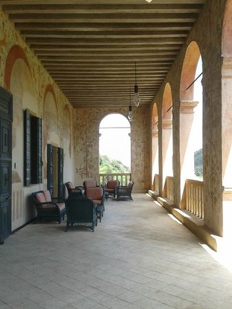 Villa dei Vescovi: Loggia