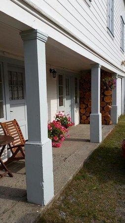 Furulund Pensjonat: Appartement aan de voorzijde met leuk gezellig terrasje
