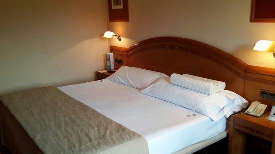 Bedroom Eurostars Las Claras