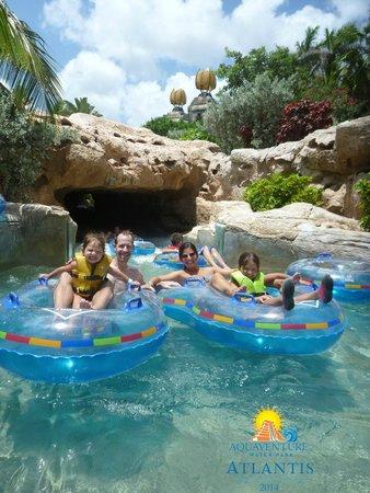 Atlantis - Harborside Resort : The Current