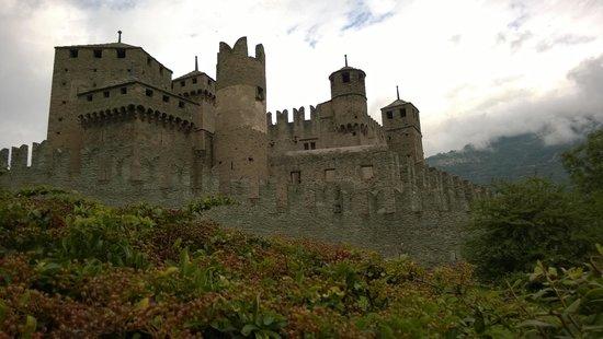 Castello di Fénis: Vista esterna