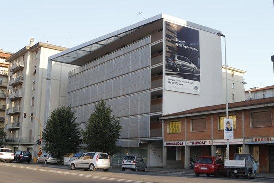 Quadra Key Residence : Edificio de los aptos sobre Via dei Novoli