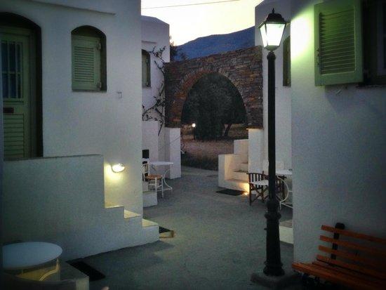 Giannakas studios : ΔΙΑΔΡΟΜΟΣ