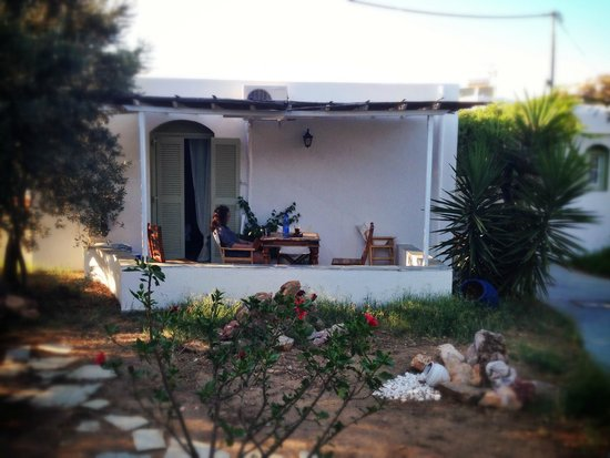 Giannakas studios: ΤΟ ΔΩΜΑΤΙΟ