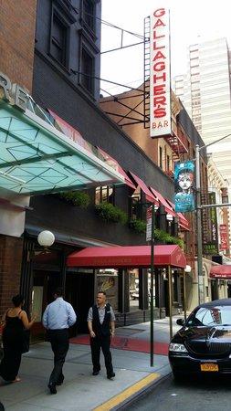 Gallagher's Steak House : Um lugar íntimo,  interessante e com excelente comida,  carnes maravilhosas, adorei!