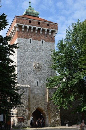 St. Florian's Gate (Brama Florianska) : INTO THE OLD TOWN.