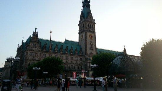 Rathausmarkt: Rathaus