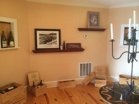 Arcady Vineyard Bed & Breakfast: Common Room