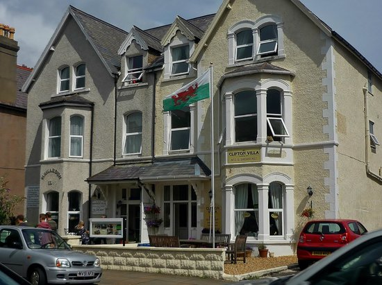 Clifton Villa Guest House: Clifton Villa, Llandudno