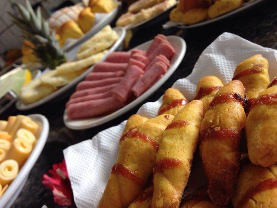 Pousada do Biu: Café da manhã maravilhoso!!!  Aconchegante e atendimento perfeito!