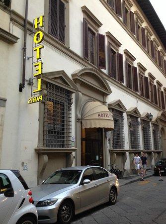 Paris Hotel : the hotel