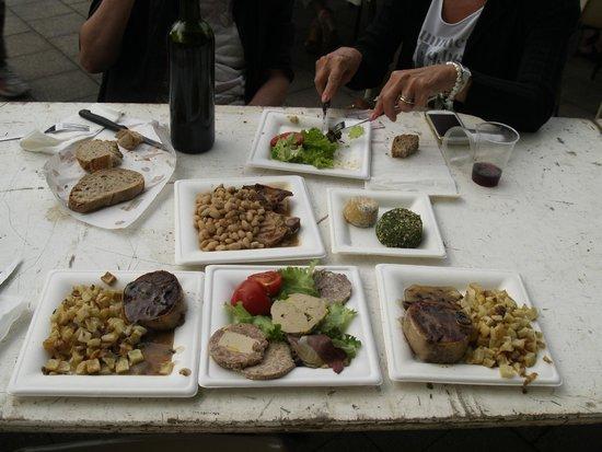 Pontenx-les-Forges, Francia: Restaurante campestre