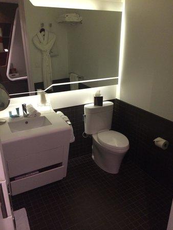 W New York - Downtown : Bathroom.