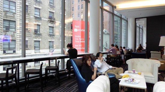 Residence Inn New York Manhattan/Central Park: Frühstücksbuffet