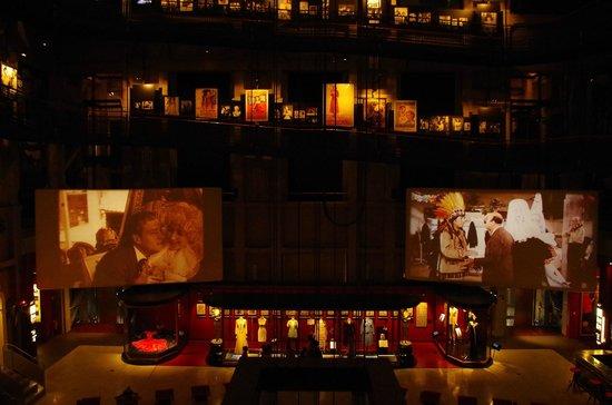 Museo Nazionale del Cinema: I due Maxischermi dove si possono seguire le proiezioni