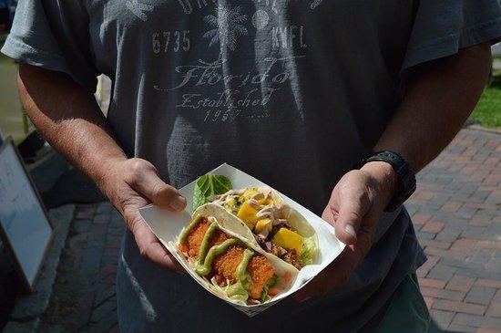 Metzy's Taqueria : Taco time!