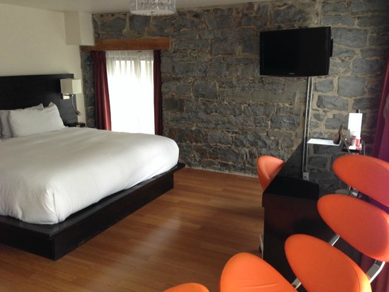 Le Petit Hotel: Room