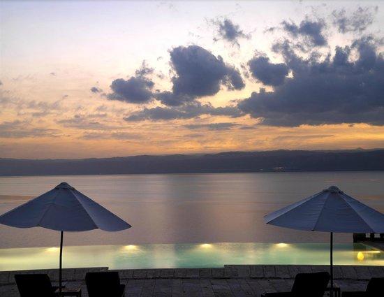 Monaco Business Development : Sunset Views at the Dead Sea Jordan