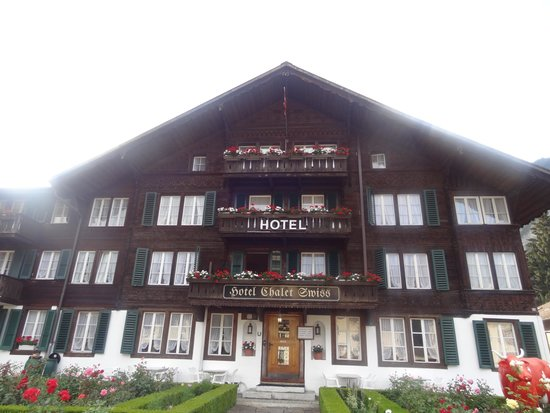 Hotel Chalet Swiss: Hotel has 2 buildings. Major building is behind this so get ready!