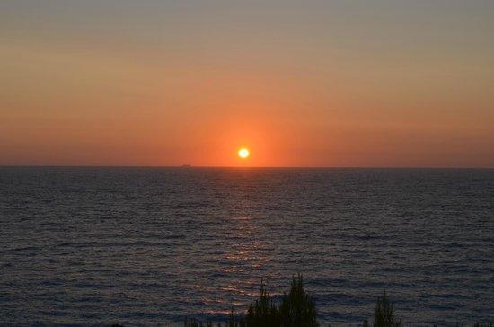 Hotel Sirios Kathisma: Coucher de soleil vue du bar