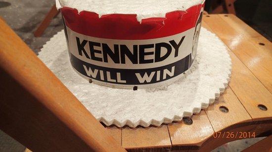 John F. Kennedy Presidential Museum & Library : Campaign memorabilia