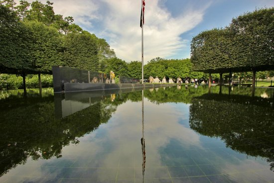 Korean War Veterans Memorial: Reflecting pool in east aspect of memorial
