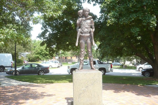 "Boys Town: ""He ain't heavy, he's my brother"" bronze statue"