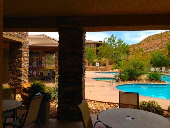 Coral Springs Resort: Outdoor Patio; Aug 2 2014