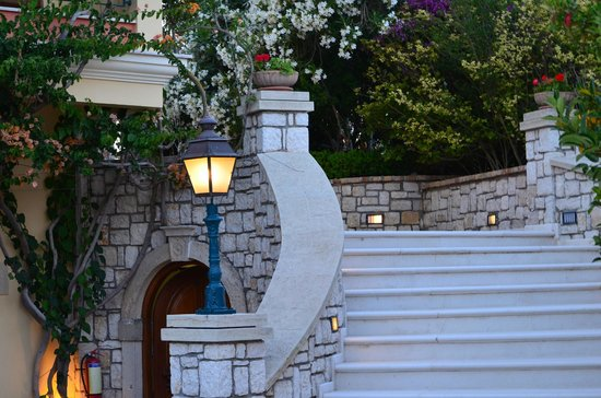Delfino Blu Boutique Hotel: my pictures of the hotel grounds