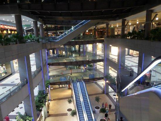 ILUNION Aqua 4: Mall