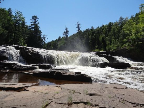 Porcupine Mountains Wilderness State Park: Waterfall - Presque Isle Area