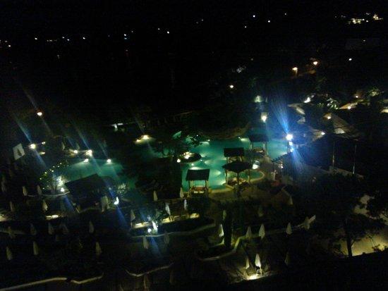 Amfora Hvar Grand Beach Resort: Pool at night