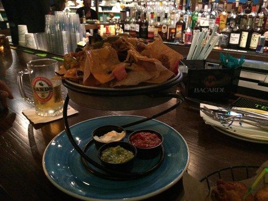 Bimini Road: Curry conch nachos