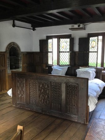 Nuit Blanche: Medieval Room