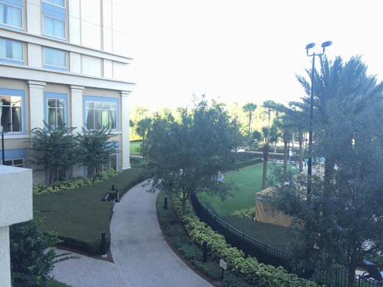 Waldorf Astoria Orlando: Gorgeous grounds