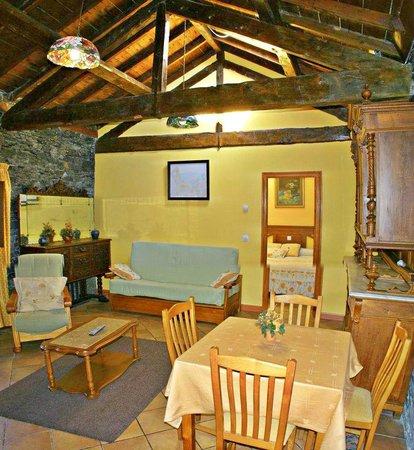 Hotel Villa la Argentina: Salón apartamento