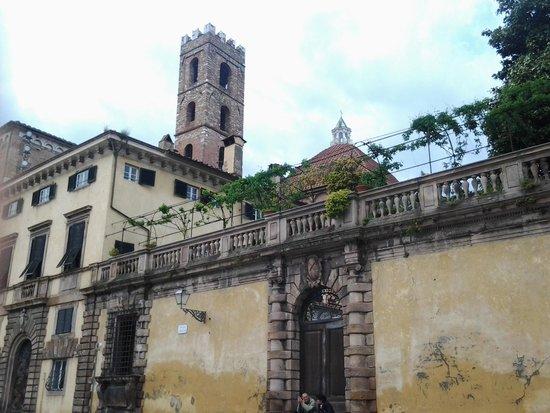 Chiesa e Battistero di San Giovanni e Santa Reparata : batisterio