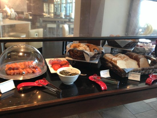 Hyatt Regency Indian Wells Resort & Spa: Breakfast Buffet