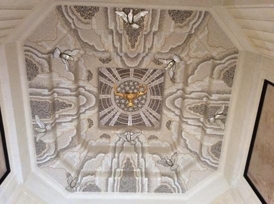 Flanders Field American Cemetery: Chapel Ceiling