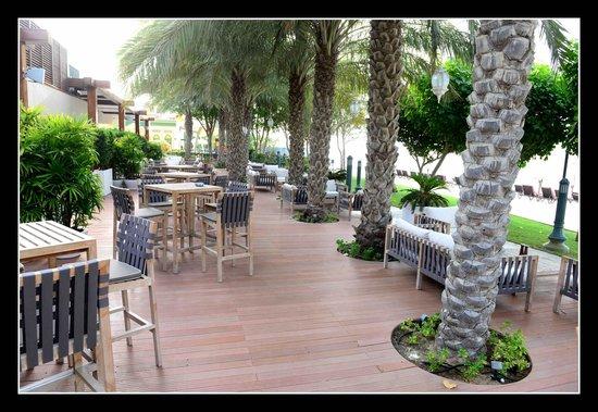 Jumeirah Zabeel Saray : Beachside Restaurant