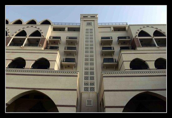 Jumeirah Zabeel Saray : Exterior
